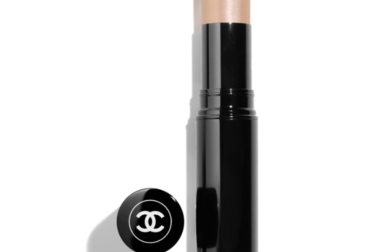 chanel saume essential