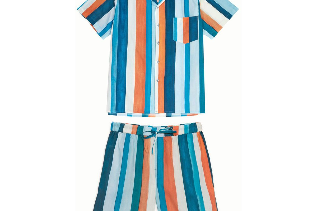 desmond and dempsey pajama set