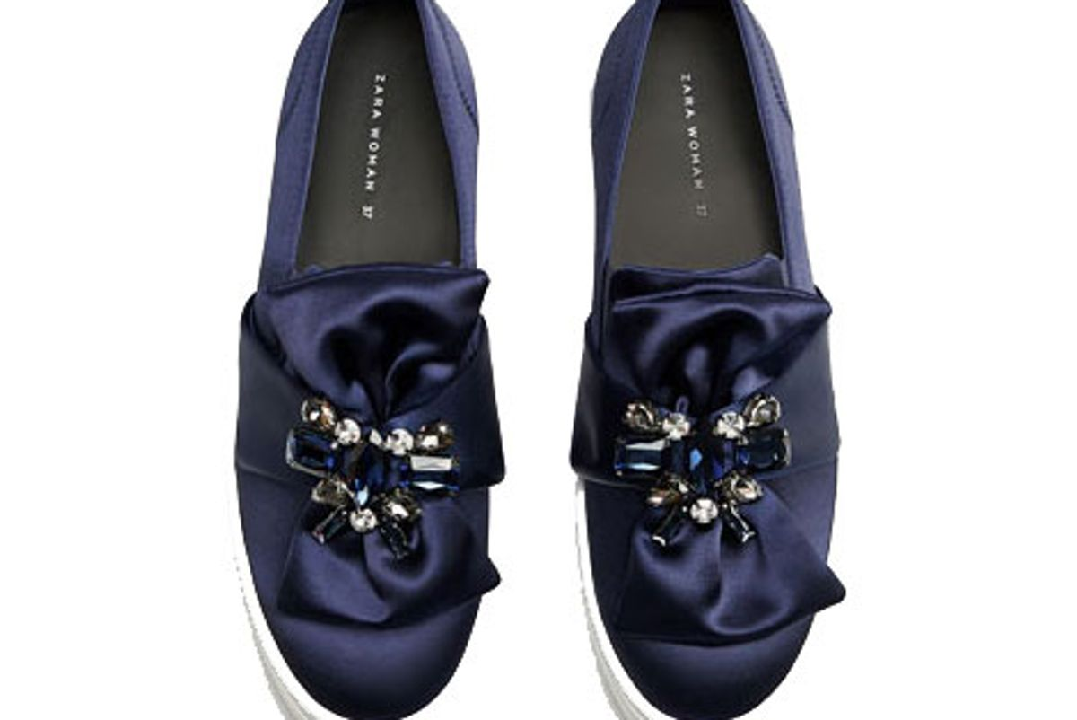 Plimsolls with gem and bow detail