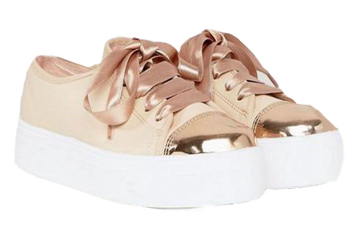 Dillan Wide Fit Slip On Sneakers