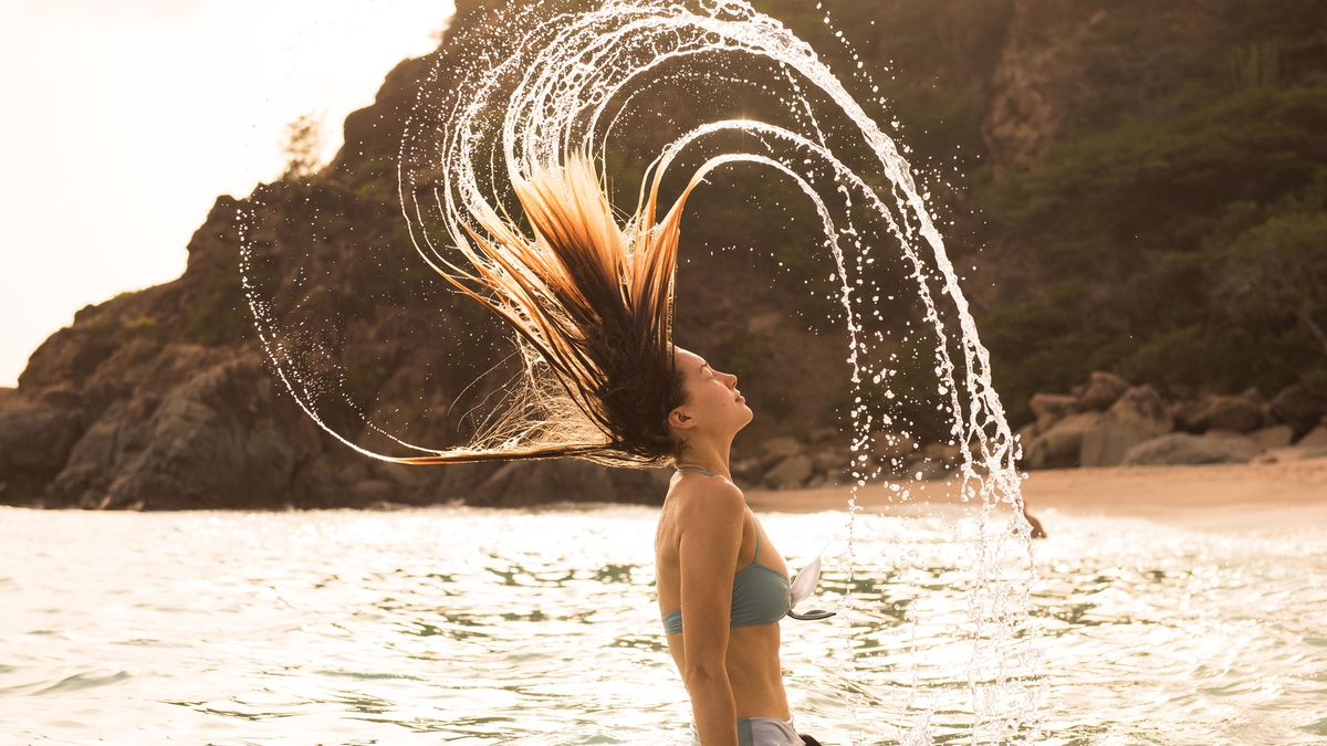 shop shampoo for frizz free wavy hair