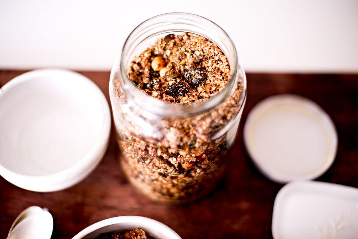 The Best Homemade Granola Recipe