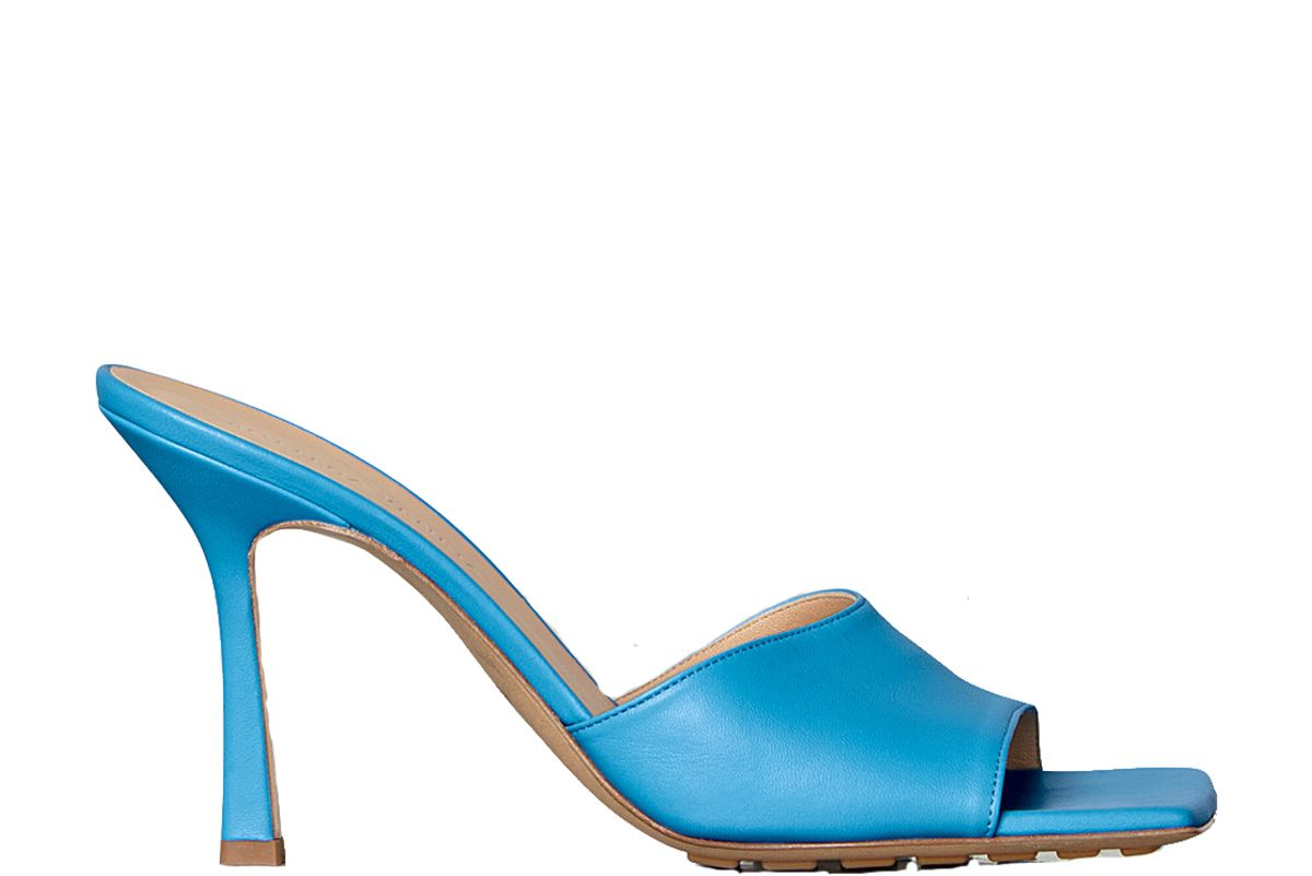 bottega veneta stretch sandals in nappa dream