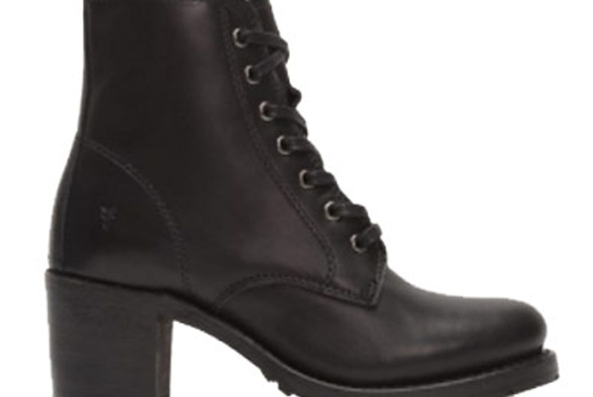 Sabrina 6G Lace Up Boot