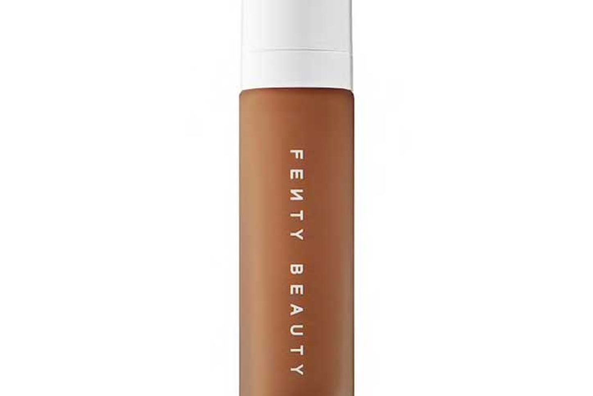 fenty beauty by rihanna pro filtr soft matte longwear foundation