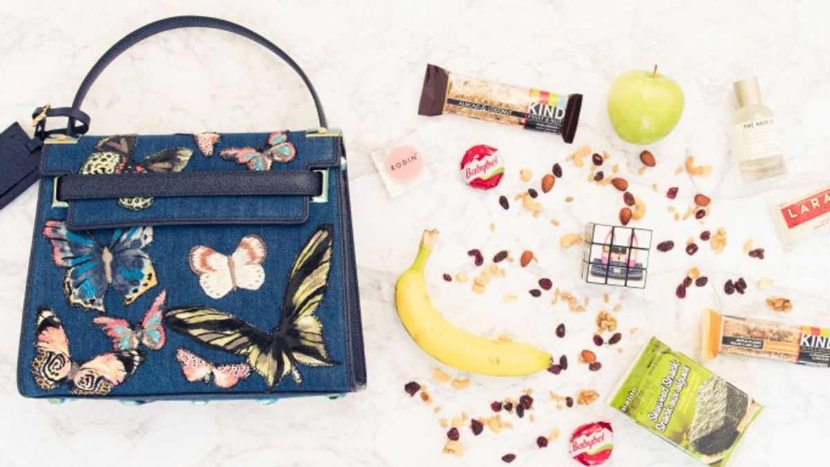 8 Healthy Airport Snacks You Can Find at Hudson News