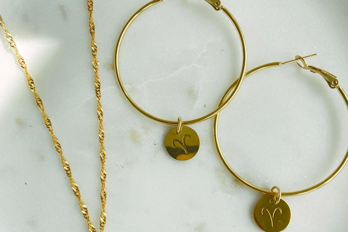 stella and haas zodiac babe necklace