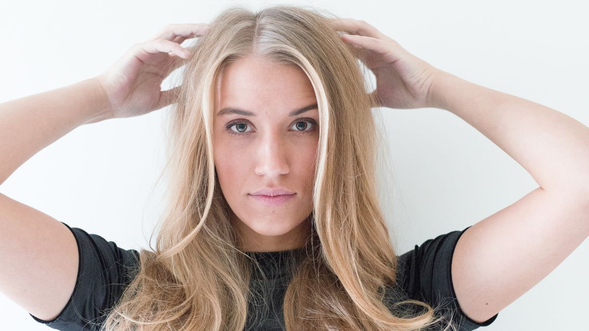 A DIY Blowout Tutorial You Need to Bookmark
