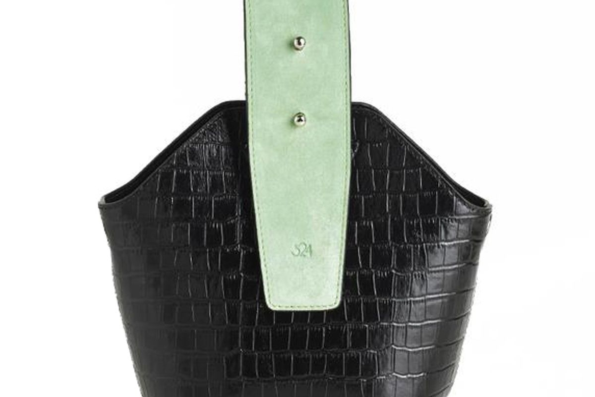 324 new york black croc embossed mini bucket bag