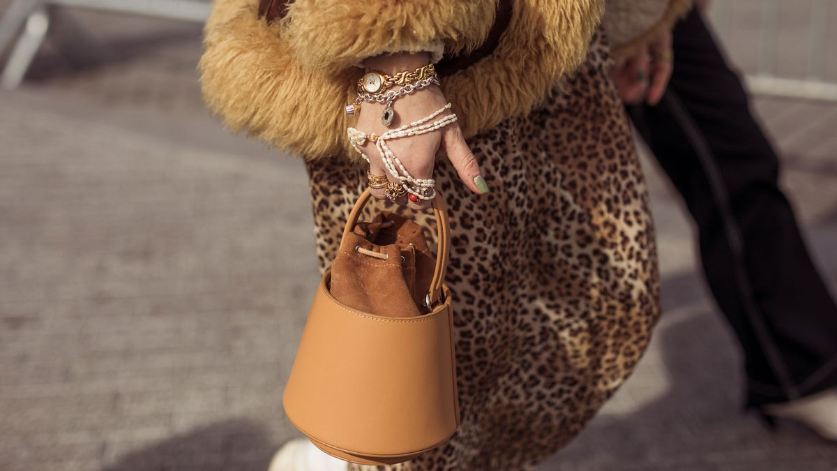 fall luxury accessories