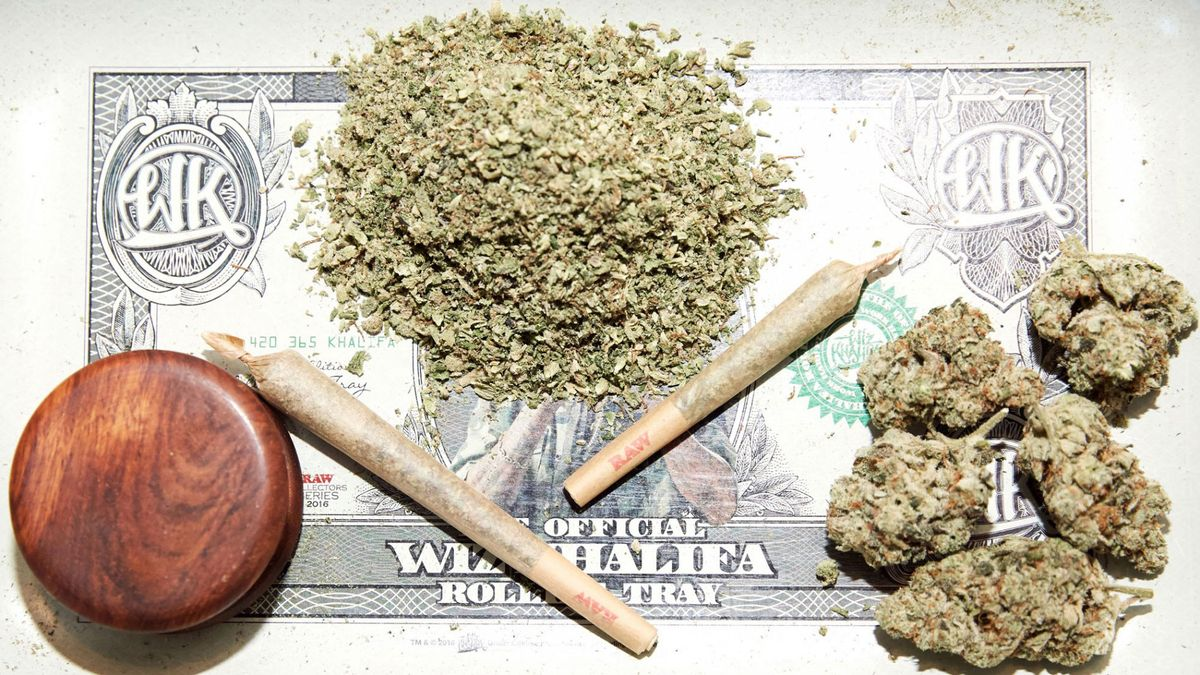 women in cannabis