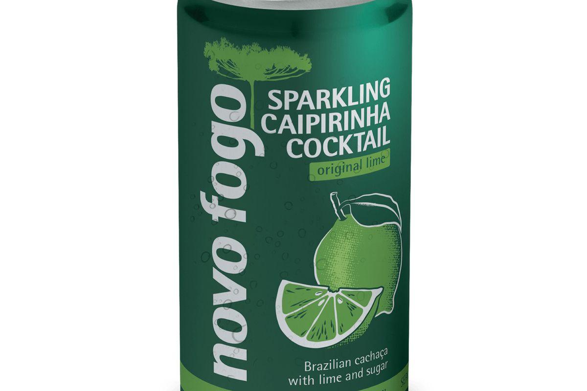 novo fogo sparkling caipirinha cocktail