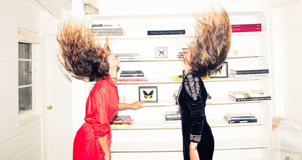 2 Girls, 5 Hair Masks