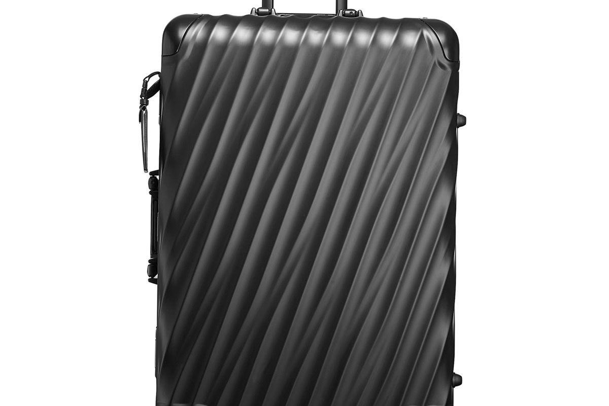 19 Degree Short Trip Packing Case in Matte Black