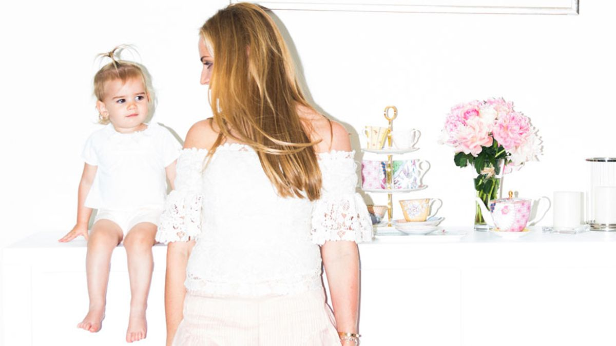 7 Tips for Helping New Moms Feel Put Together