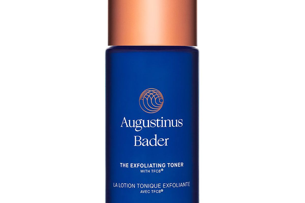 agustinus bader the essence exfoliating toner with tfc8