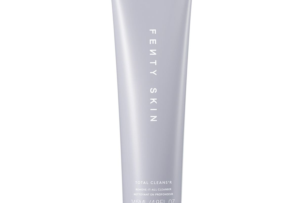 fenty skin total cleansr remove it all cleanser