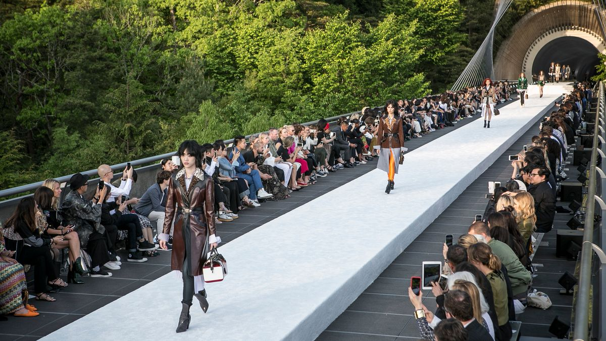 The 4 Biggest Trends We Saw at Louis Vuitton's Cruise Show