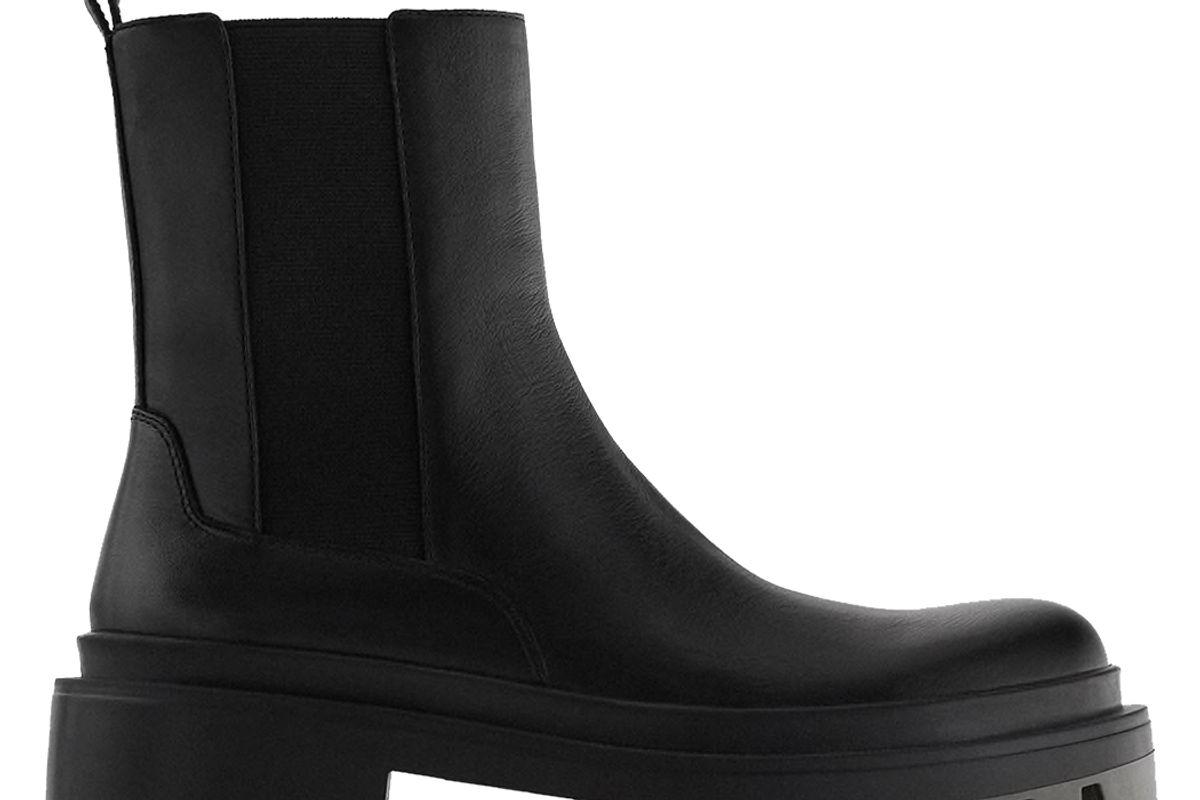 zara lug sole low heel leather ankle boots