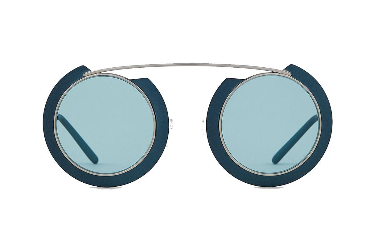 emporio armani woman oversize sunglasses