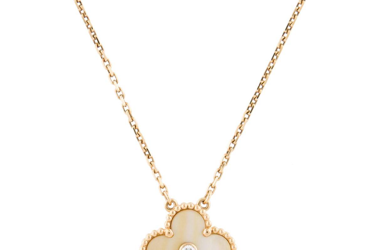van cleef and arpels vintage alhambra pendant necklace