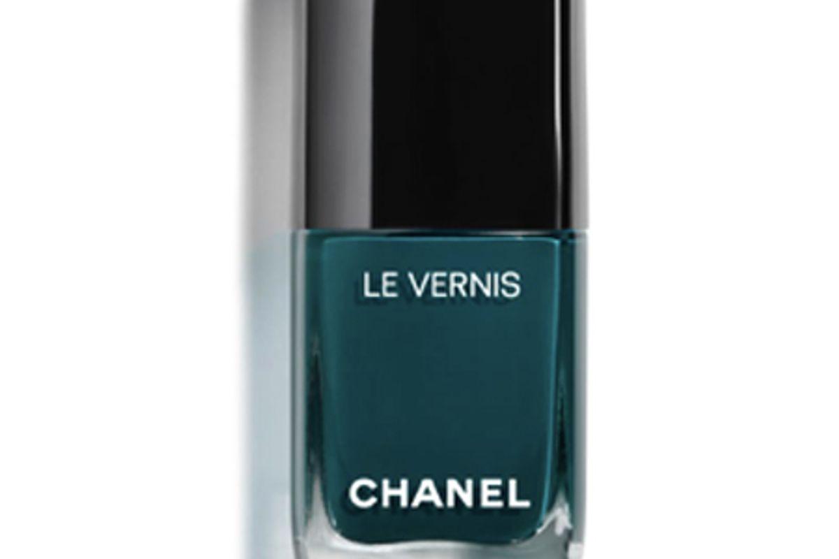chanel le vernis longwear nail color in vert 31