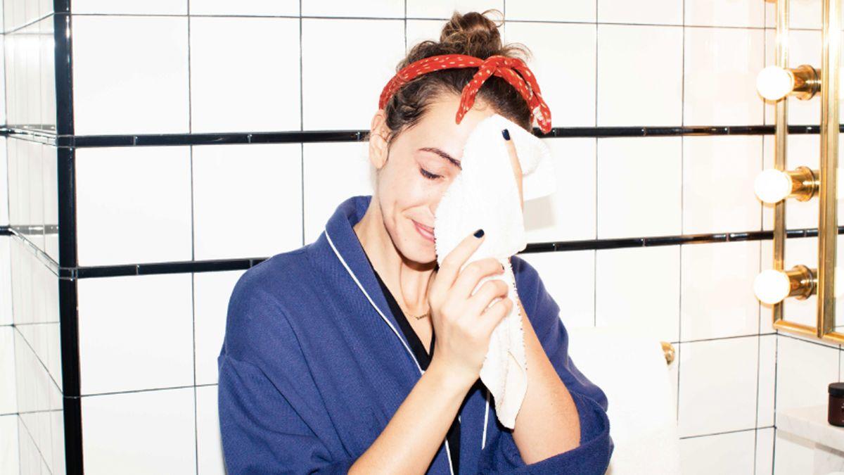 shop best face cleansing oils