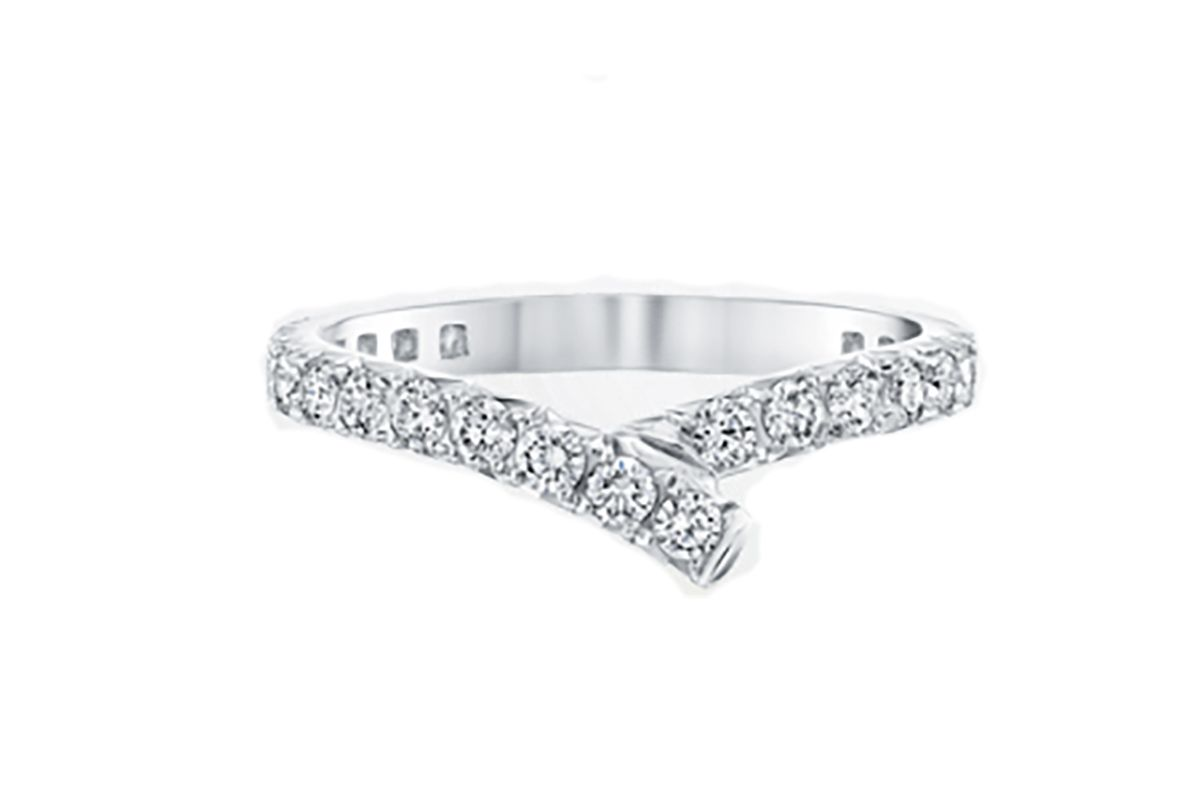 Ribbon diamond wedding band