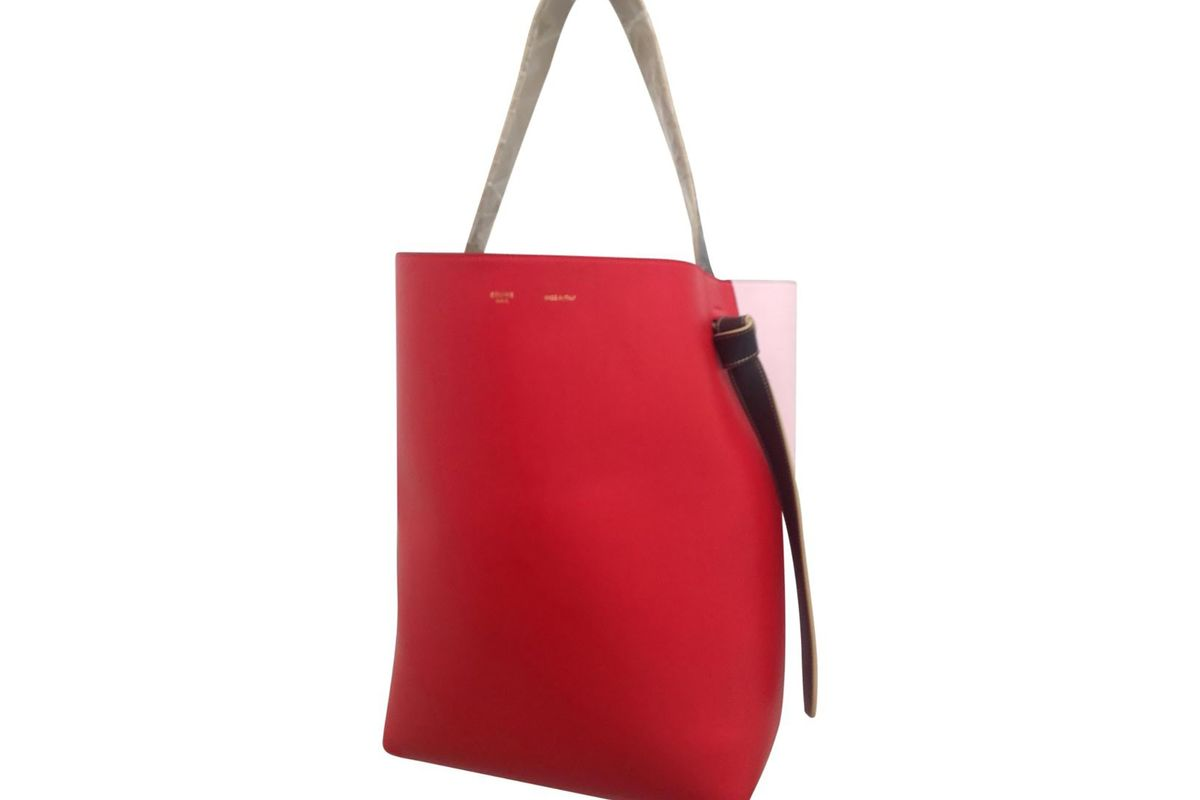 Twisted leather tote