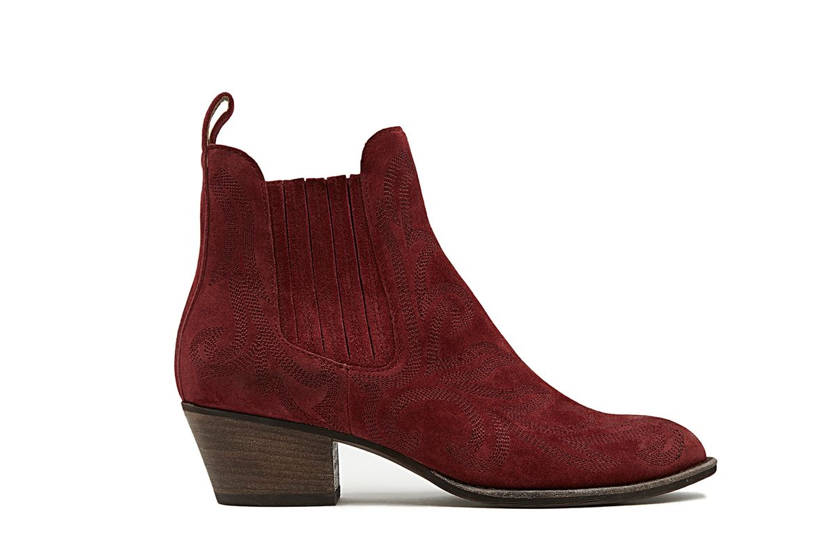 Seth Textured Chelsea Boot
