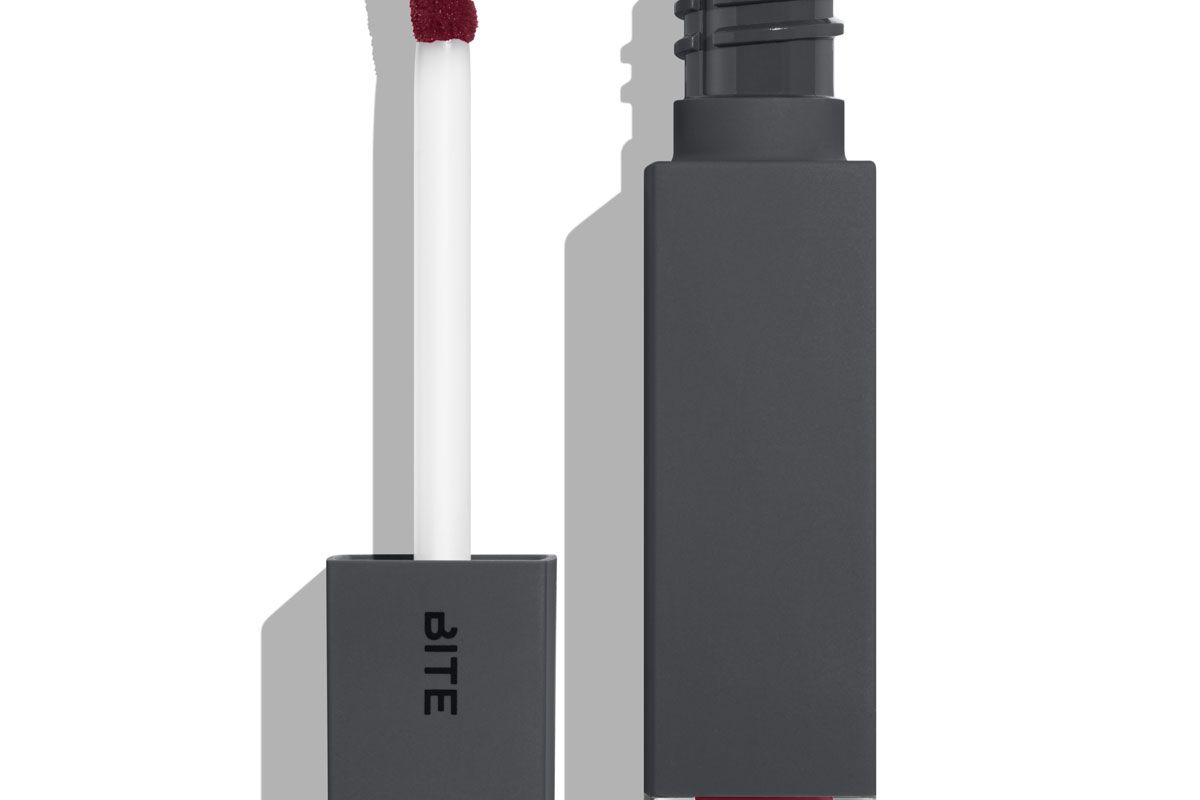 Amuse Bouche Liquified Lipstick in Infuse