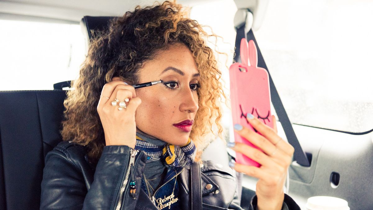 The *One* Hair Trick Teen Vogue's Elaine Welteroth Relies On All Winter