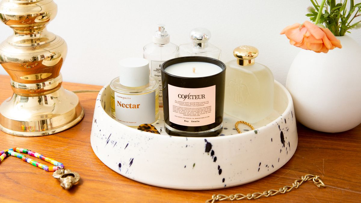 how to style candle in home