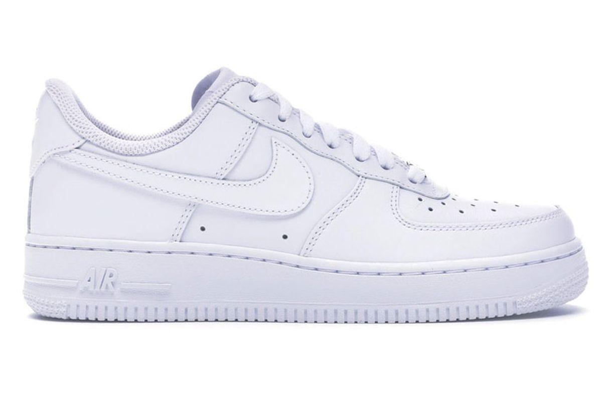 nike air force 1 07 womens shoe