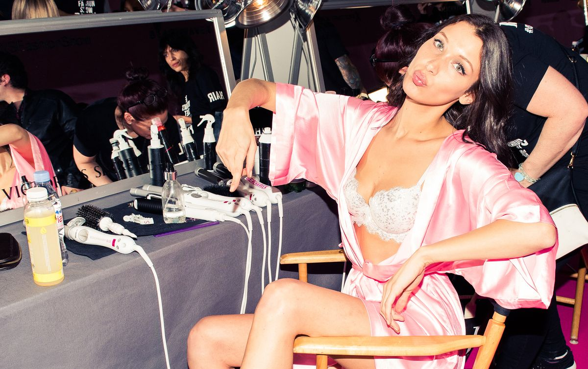 What Bella Hadid & Victoria's Secret Models Ate to Prep for the Runway