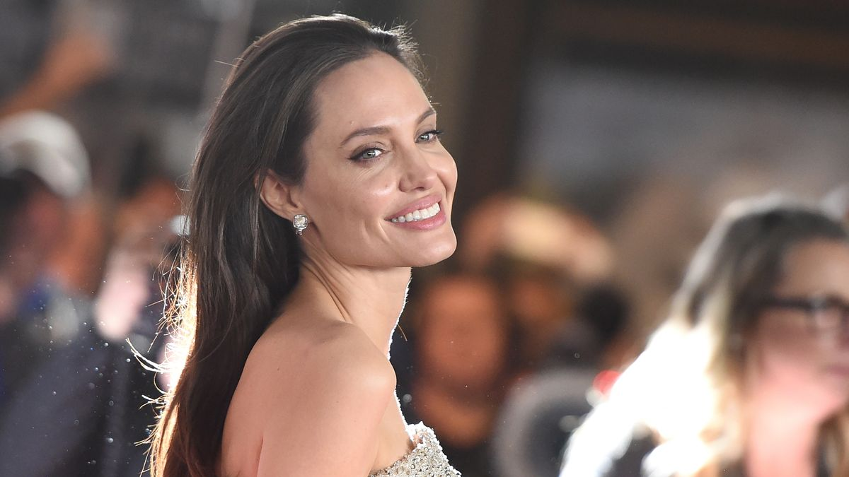 Apparently Angelina Jolie Is a Pro at Eating Bugs