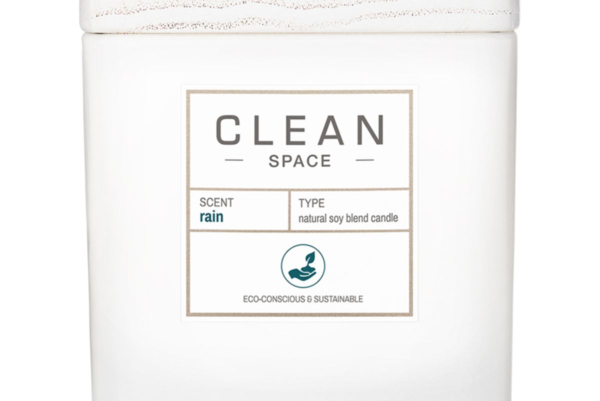 clean beauty collective clean space rain natural soy blend candle