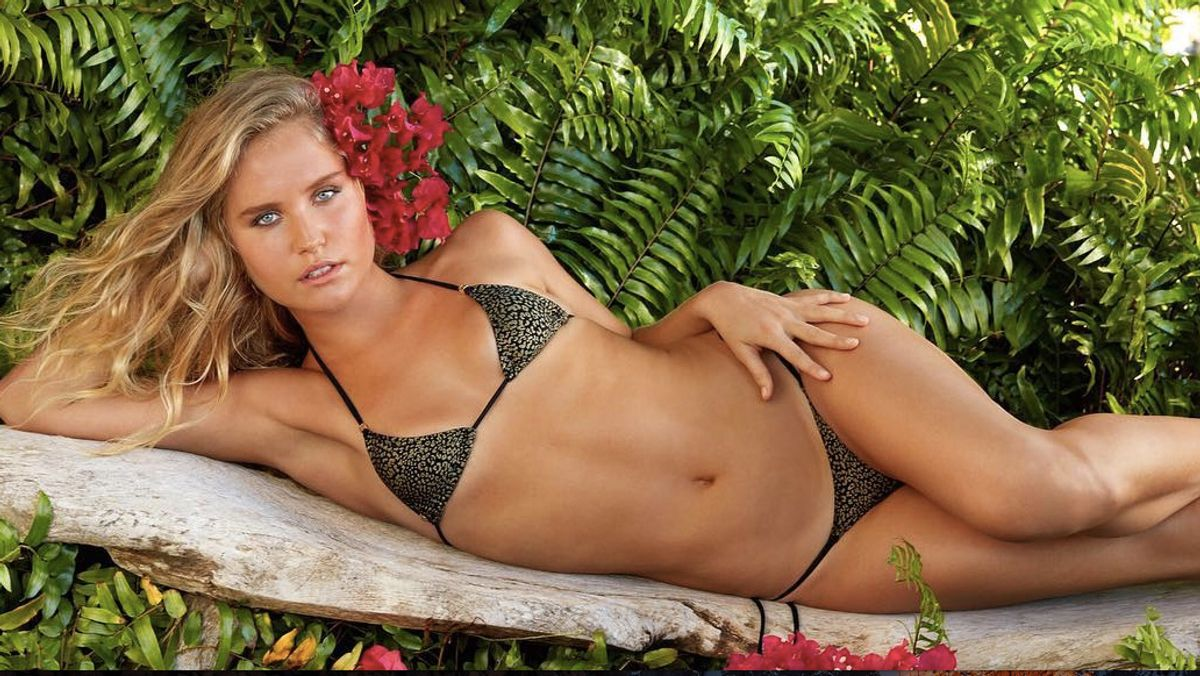 Christie Brinkley's Daughter Perfectly Captioned Their SI Swimsuit Photo