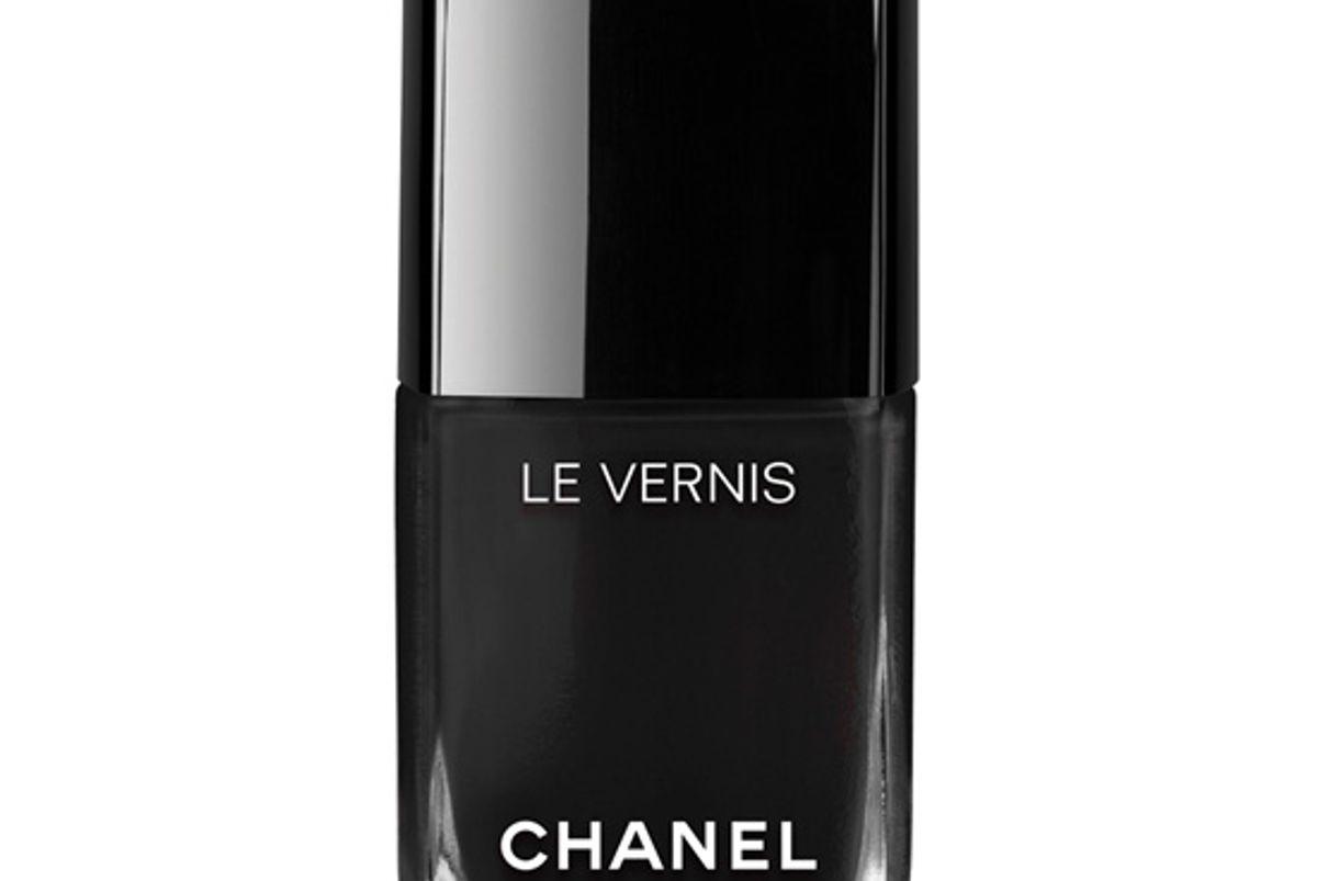 chanel le vernis longwear nail color celebrity