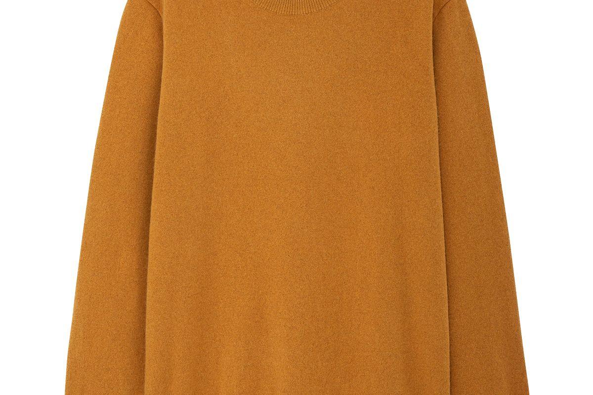 uniqlo cashmere crew neck long sleeve sweater