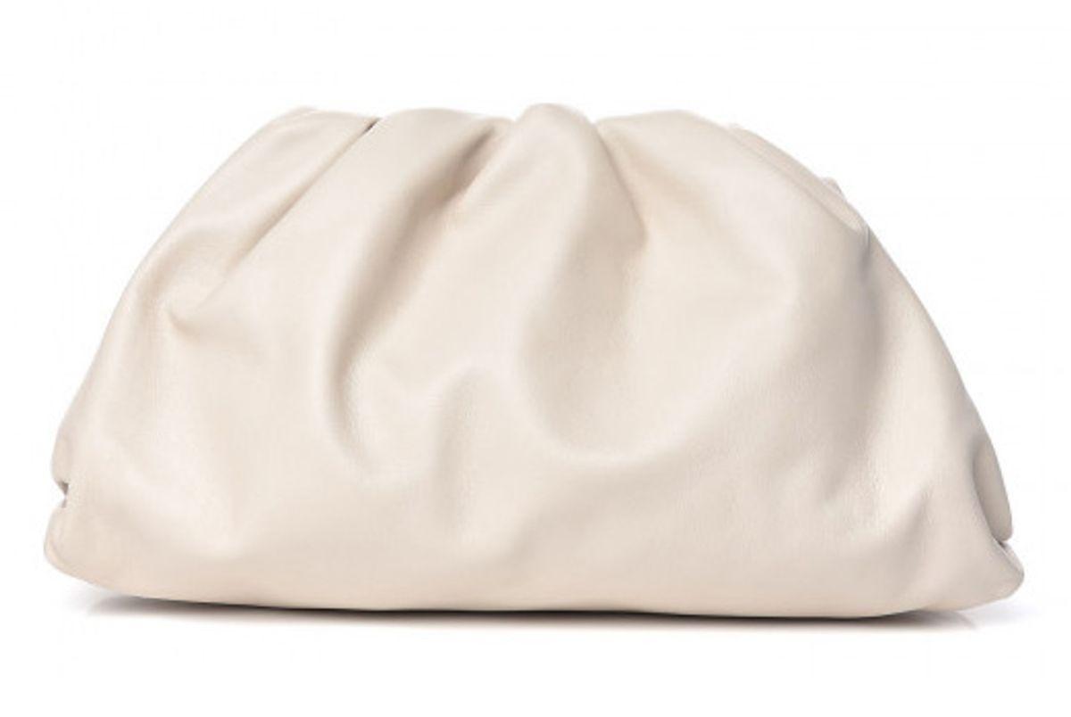 bottega veneta smooth butter calf the pouch oversized clutch