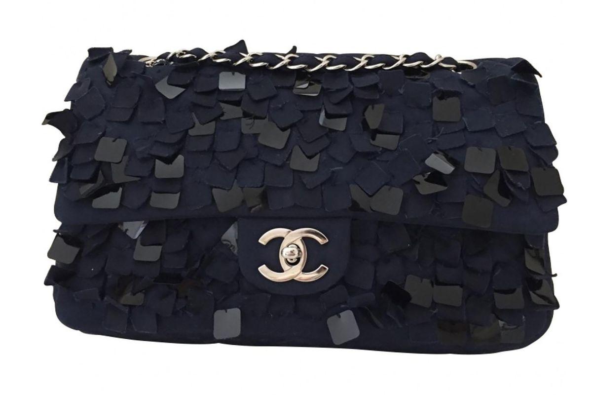 Timeless silk handbag
