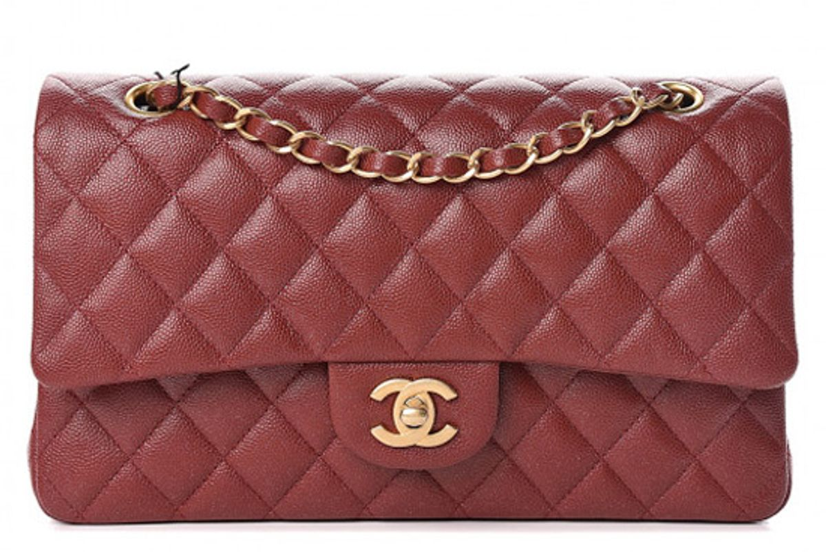 chanel iridescent caviar quilted medium double flap burgundy
