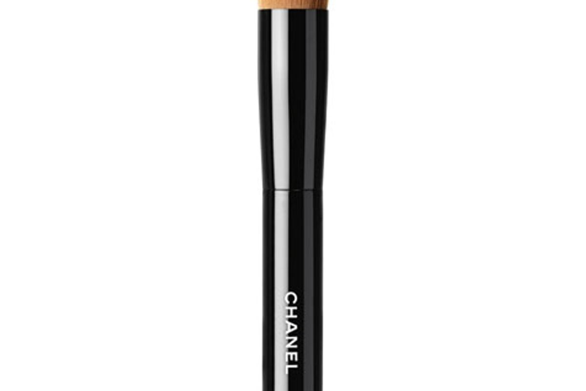 chanel les pinceaux de chanel 2-in-1 foundation brush fluid and powder