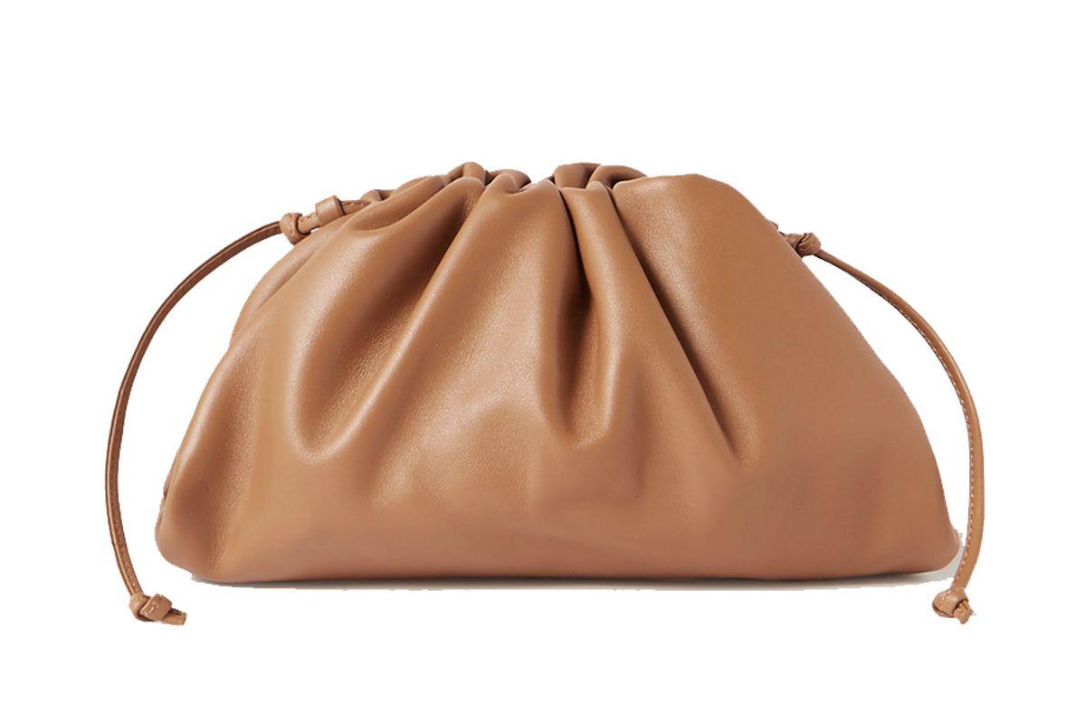 bottega veneta the pouch small gathered leather clutch