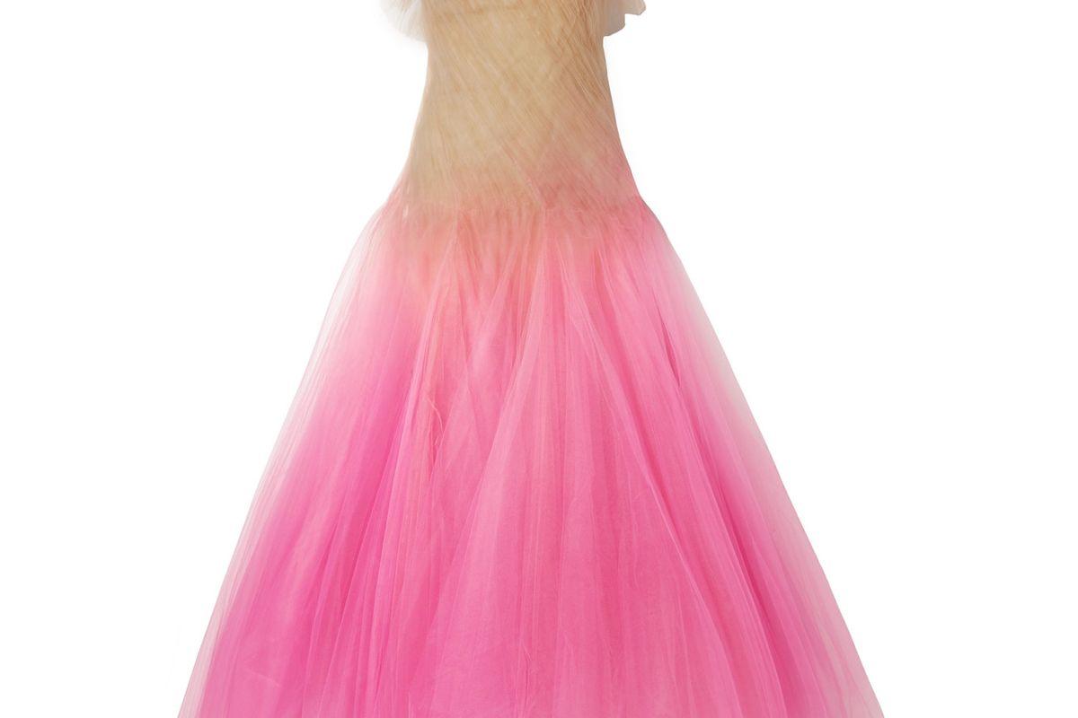 oscar de la renta strapless degrade tulle gown