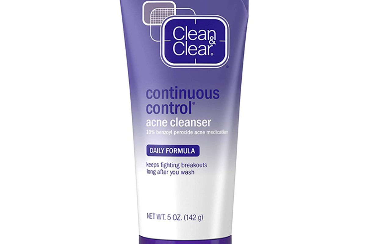 clean and clear continuous control benzoyl peroxide acne face wash with 10 percent benzoyl peroxide acne treatment daily facial cleanser with acne medicine to treat and prevent acne for acne prone skin