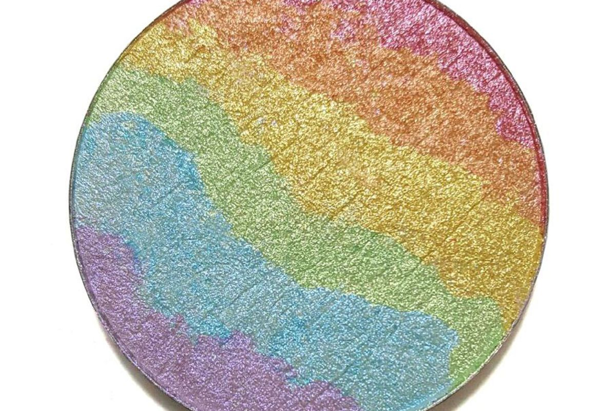chaos makeup kaleidoscope rainbow highlighter
