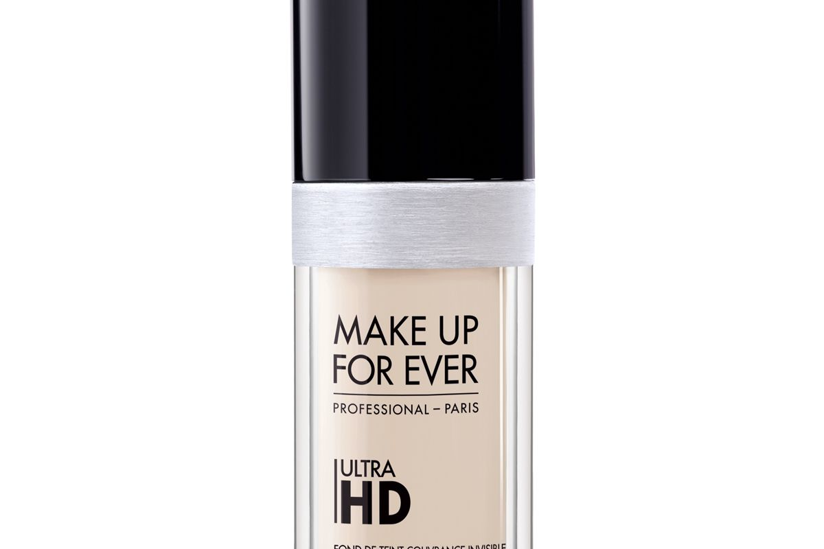 Ultra HD Invisible Cover Foundation in Y205