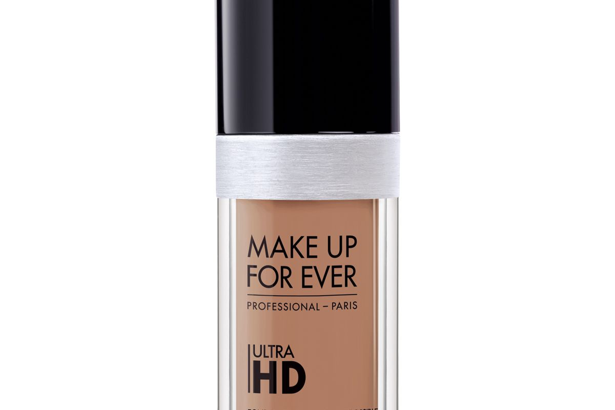 Ultra HD Invisible Cover Foundation in R410